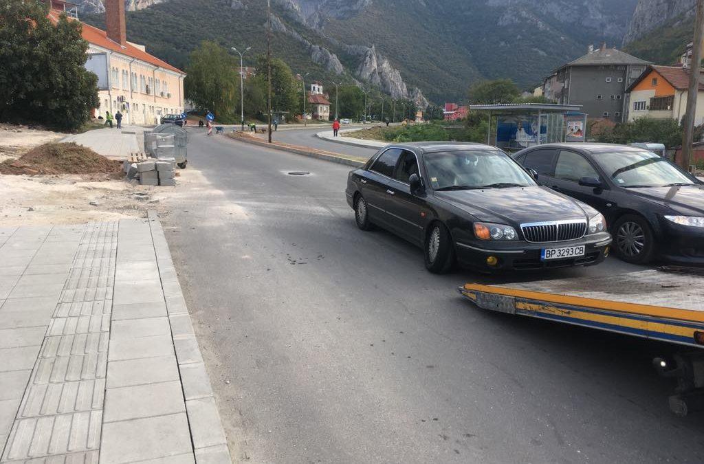 Откъснат носач на крайречния булевард във Враца